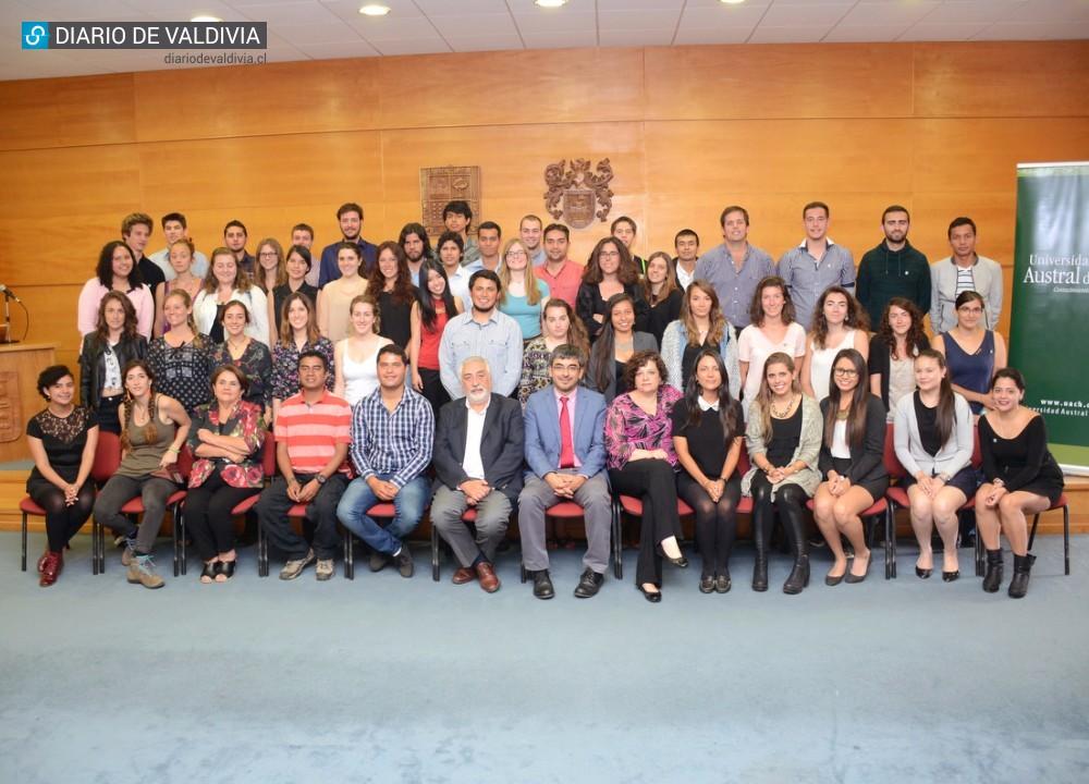 Uach Ofrecio Bienvenida A Felices Estudiantes Extranjeros De Pregrado